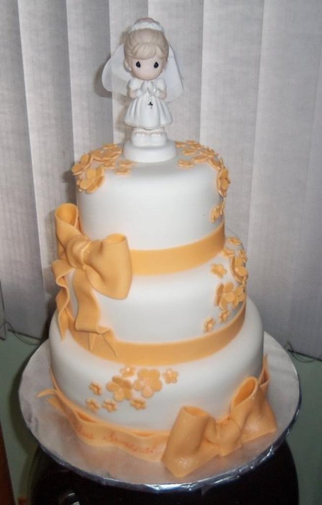 girl communion cake by Jennifer Bento
