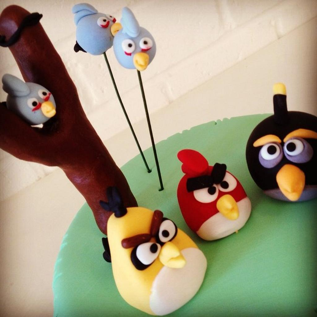 Angry Birds cake by Kathy Cope