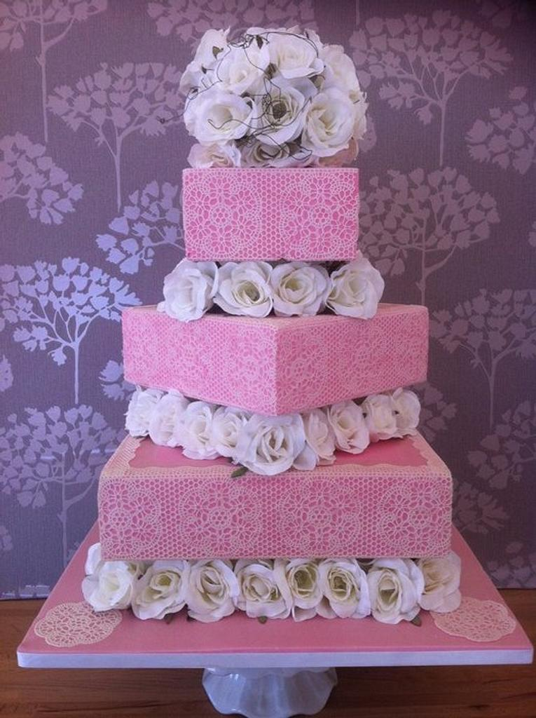 Laced wedding cake by Susie