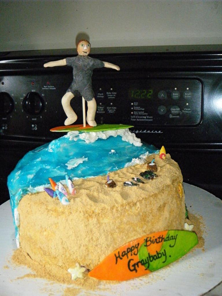 Surfs up by Valley Kool Cakes (well half of it~Tara)
