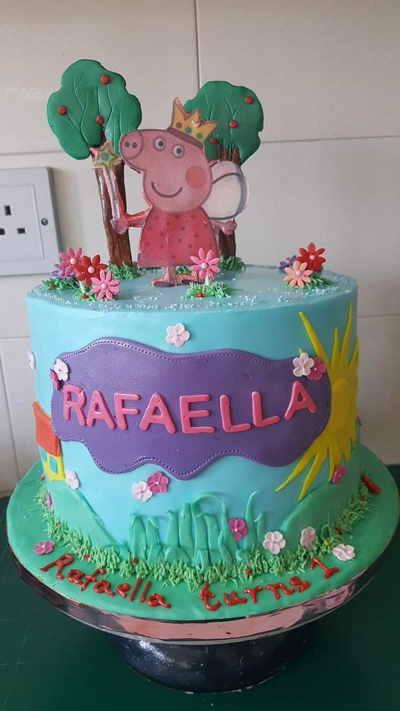 Peppa the pig by Miavour's Bees Cakes