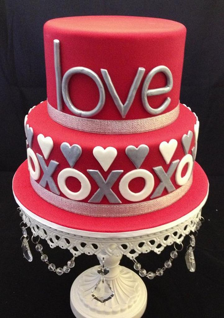 XOXOX Engagement Cake by cjsweettreats