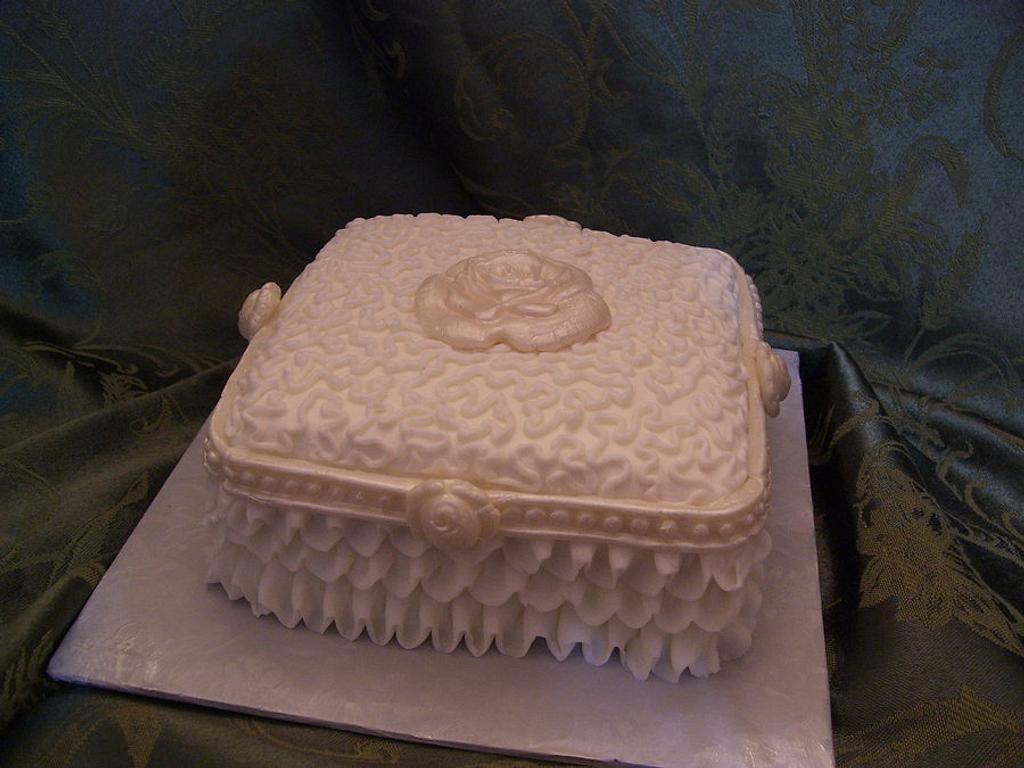 Miniature Bride's tasting Cake Strawberry Sour Cream by Linda Wolff