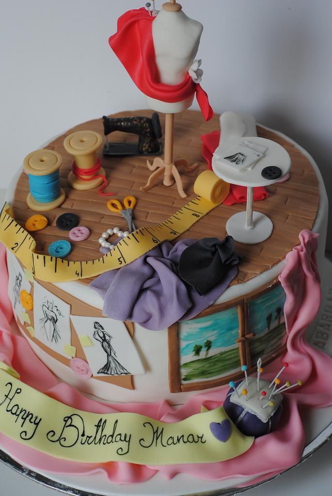 fashion designer cake by Rabarbar_cakery
