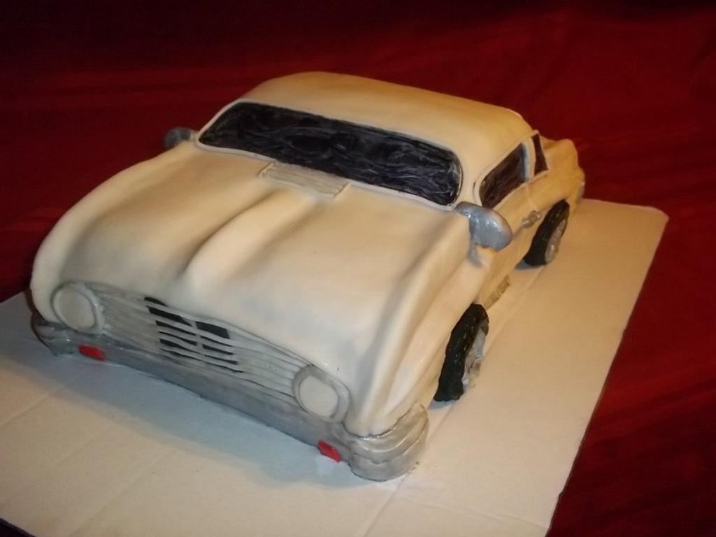 A Ford Falcon Car Cake!! by Bakemywaytoheaven
