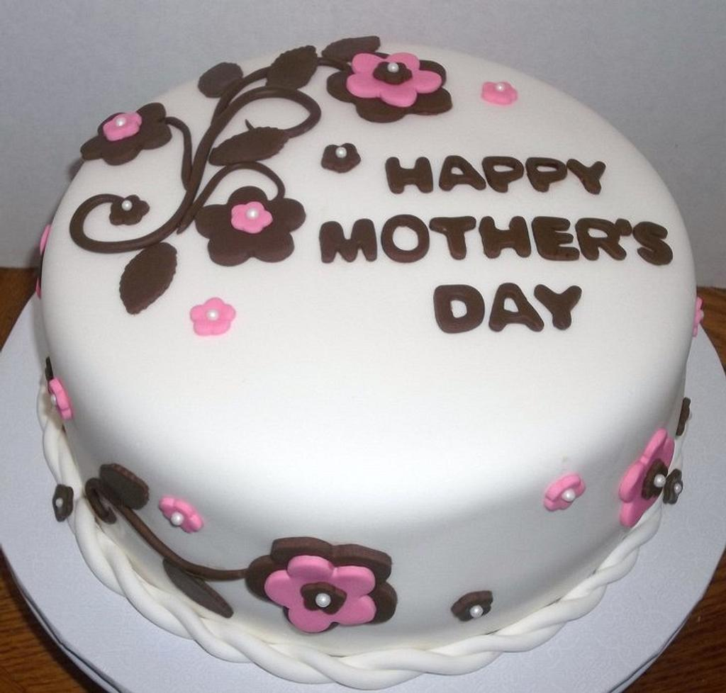 Mother's Day Cake by gemmascakes