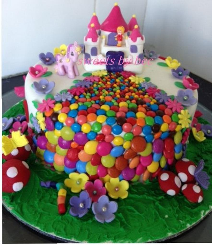 Castle cake by Bec