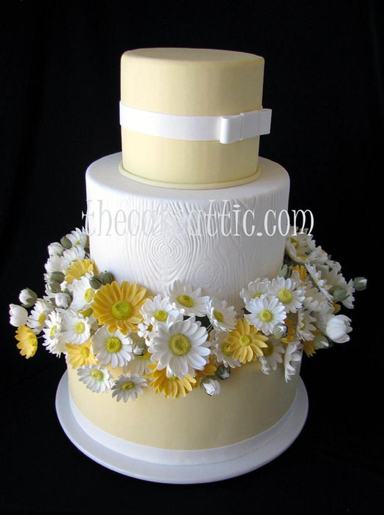 Daisy cake by Soraya Avellanet