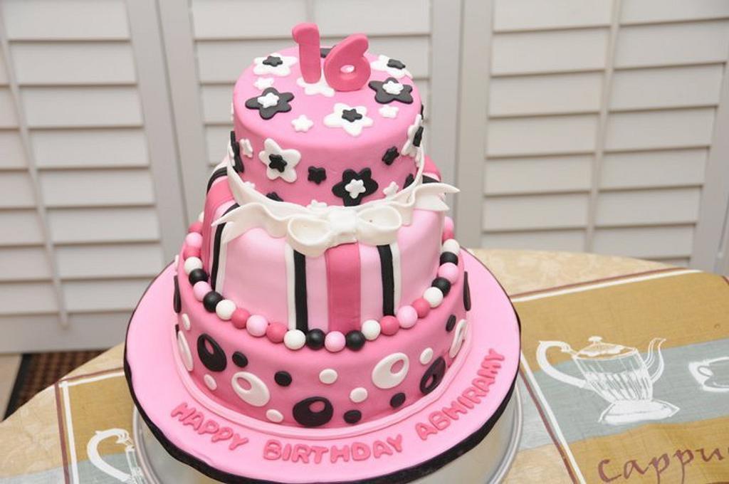 16th Birthday Cake by Saranya Thineshkanth