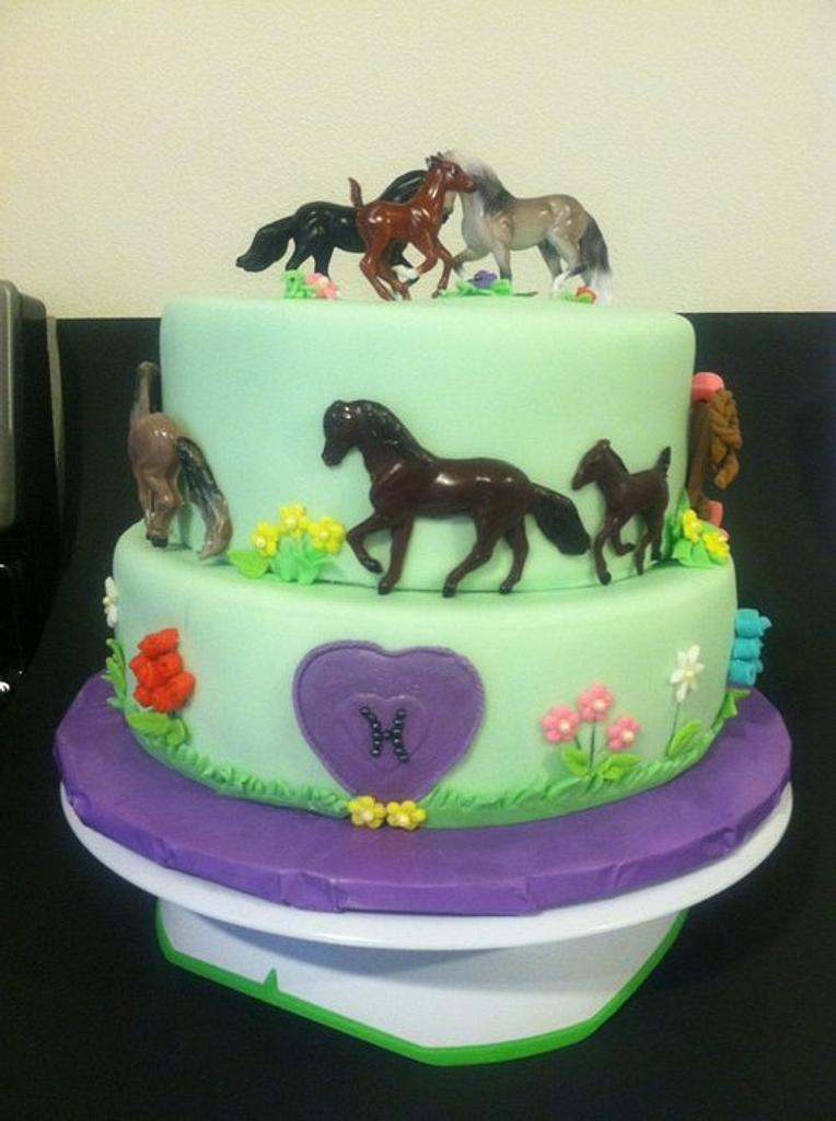 Breyer horse cake by Karen Seeley