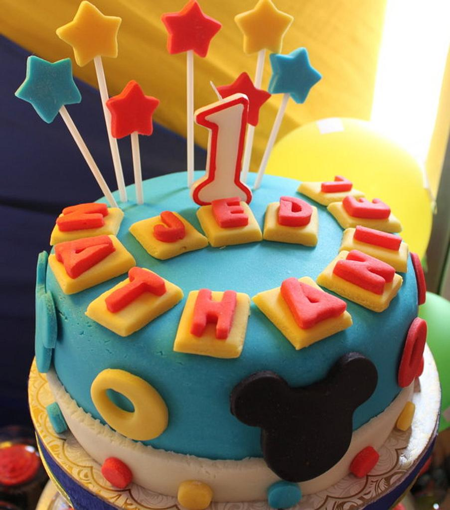 Mickey's cake by Delectably Baked