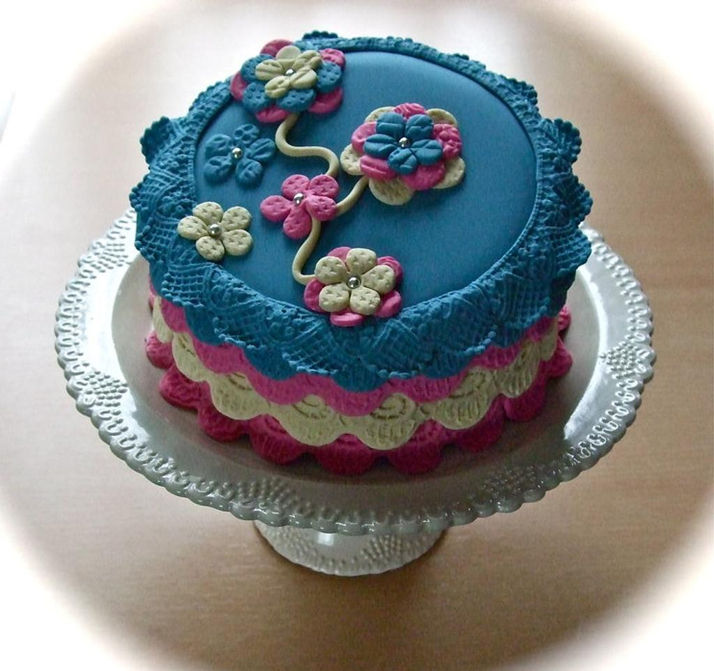 flower cake by Vanessa