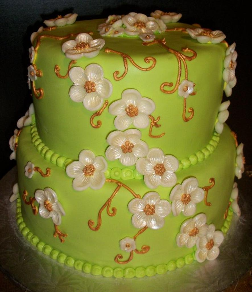 Floral Cake by Tracy's Custom Cakery LLC