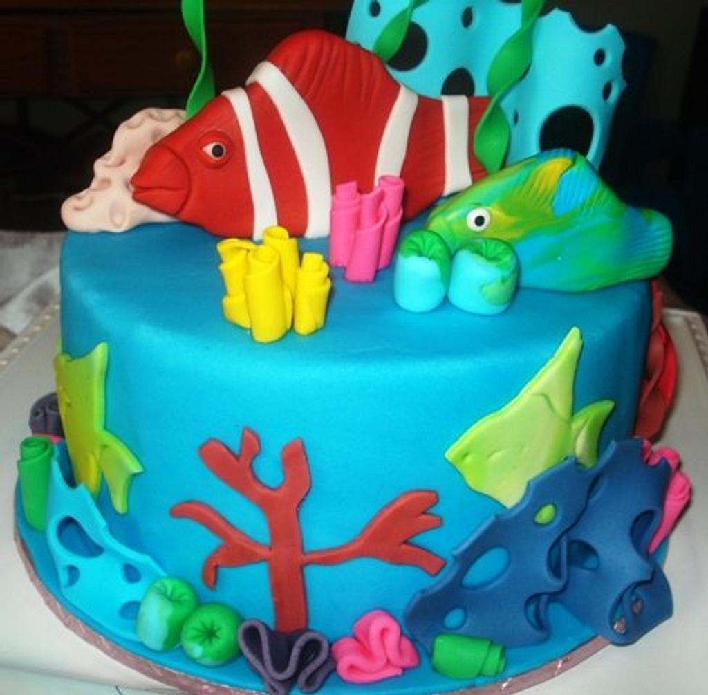 Aquarium Cake  by Hakima Lamour