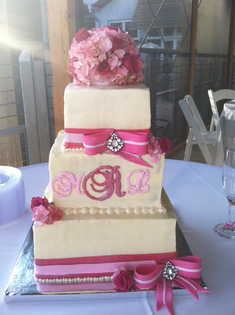 Pink Bow Wedding Cake by HeatherW