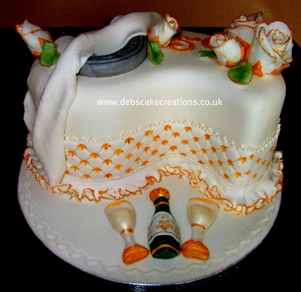 Golden Wedding Anniversary by debscakecreations
