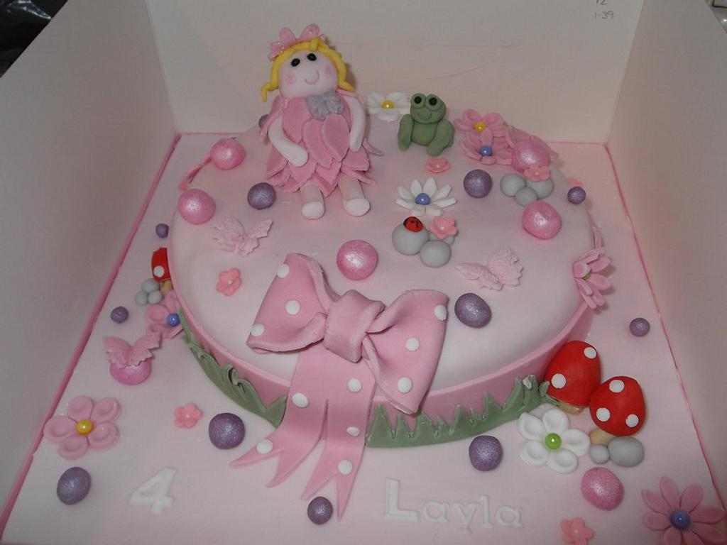 Pink Princess cake  by Tracey