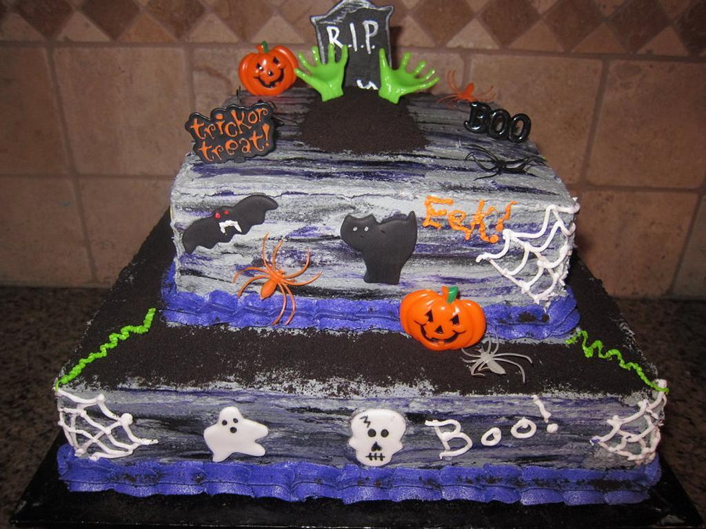 Halloween Cake by vkylyn