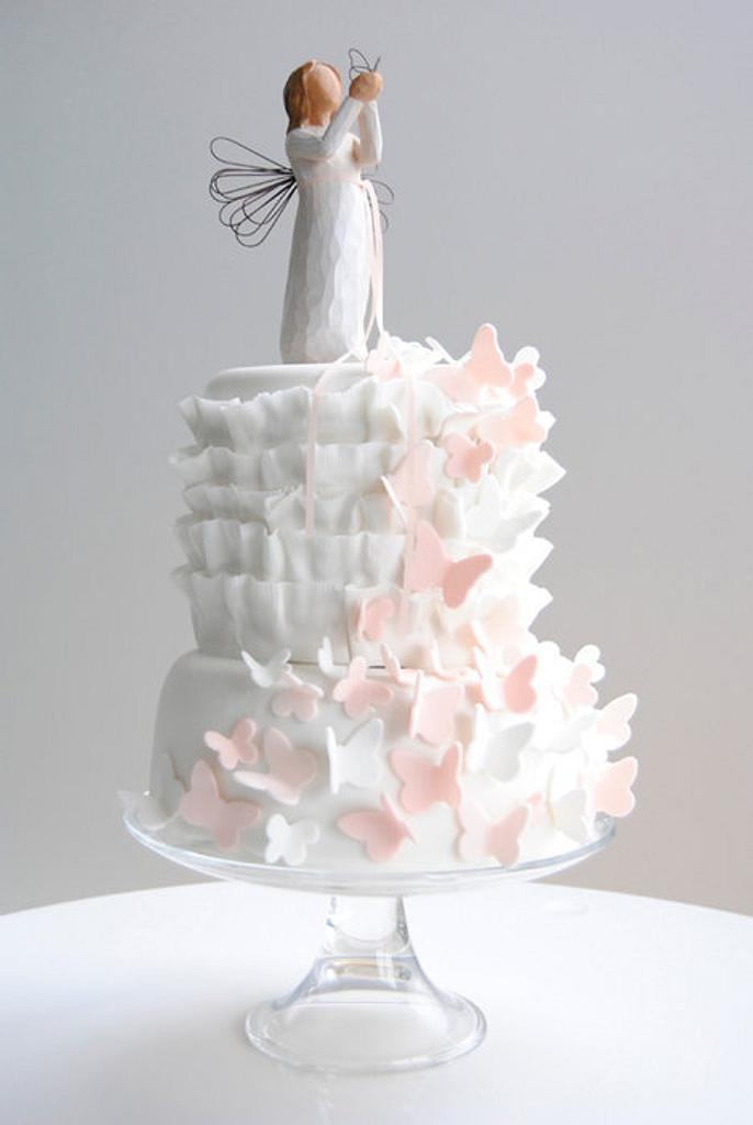 First communion cake by Viva la Tarta