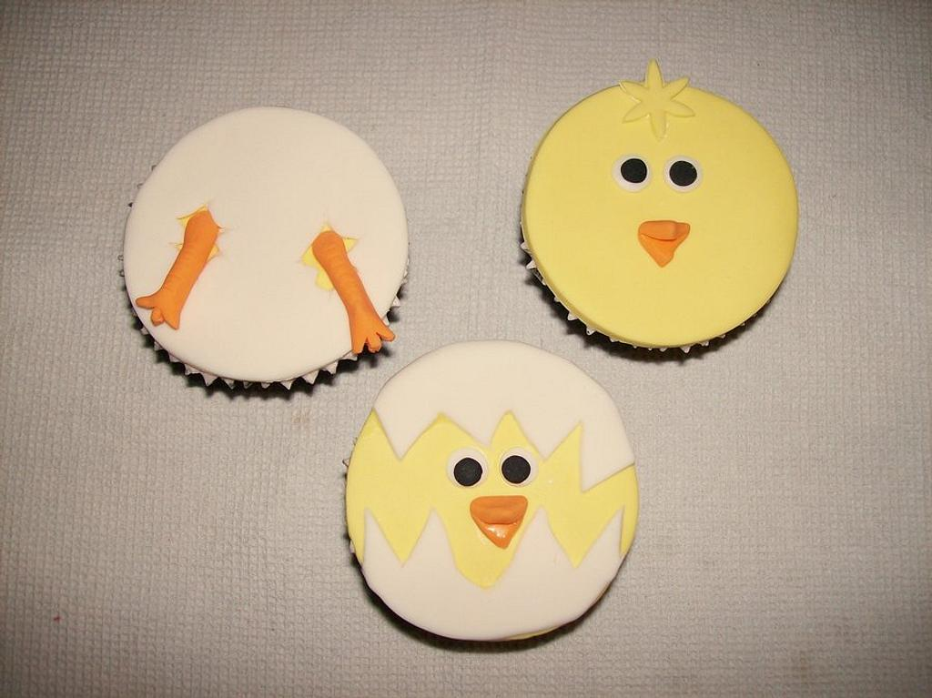 Easter Cupcakes - Little Chicks by Sarah