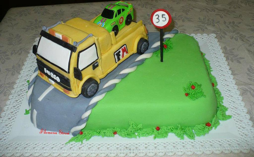 tow truck cake by Filomena