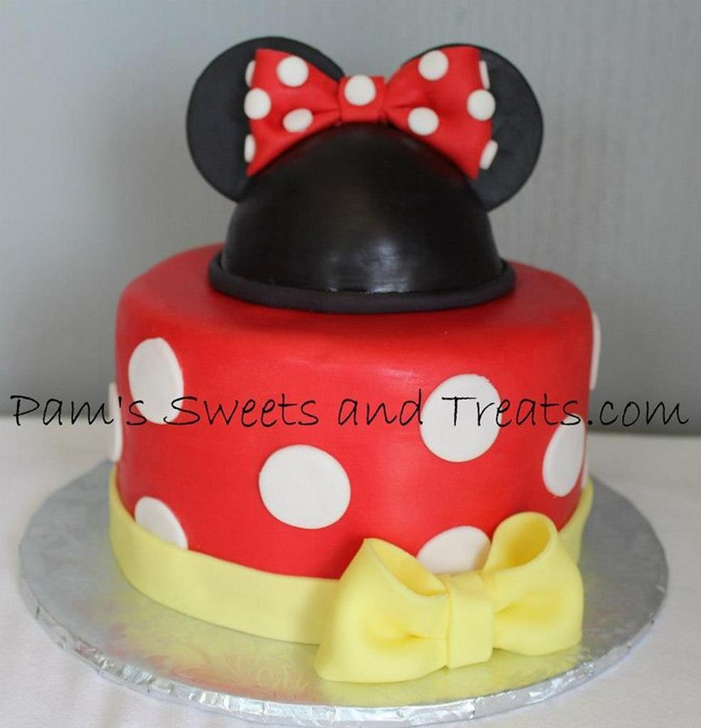 Minnie Mouse by Pam
