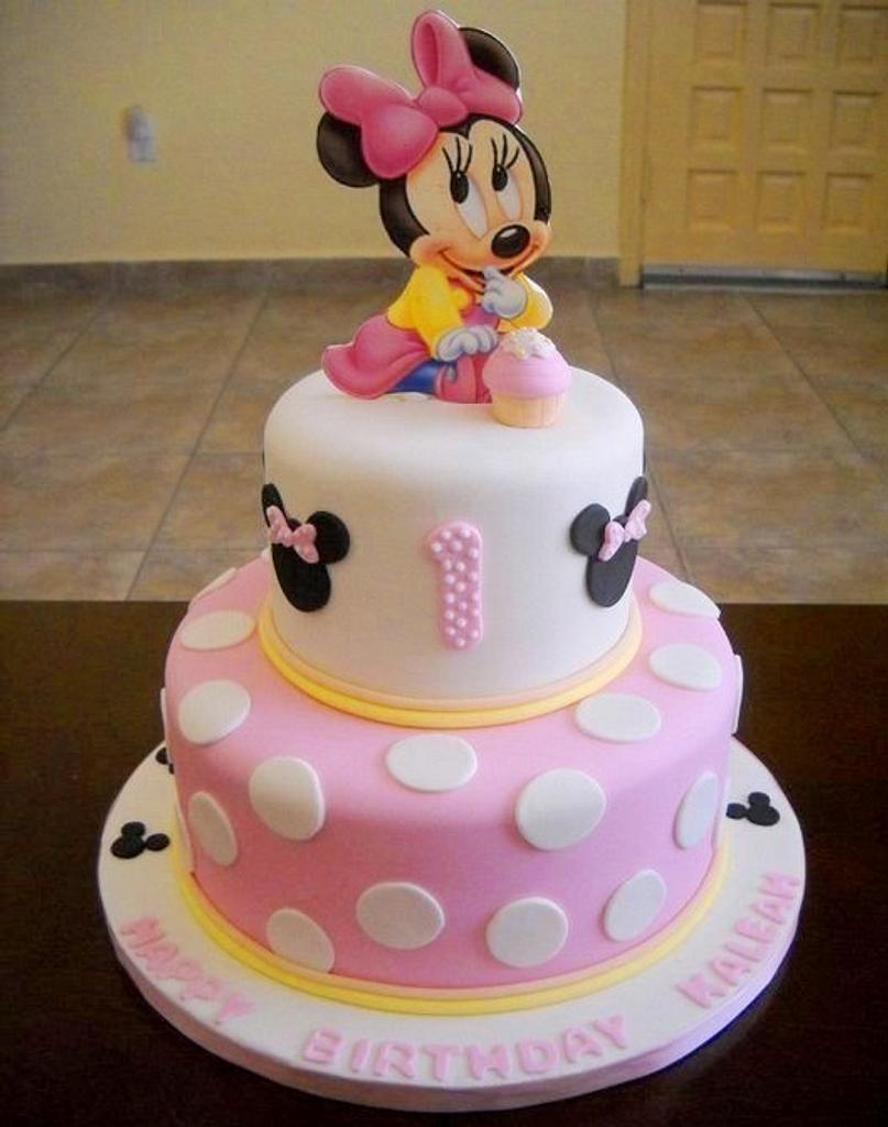 Minnie Mouse Cake by YummyTreatsbyYane