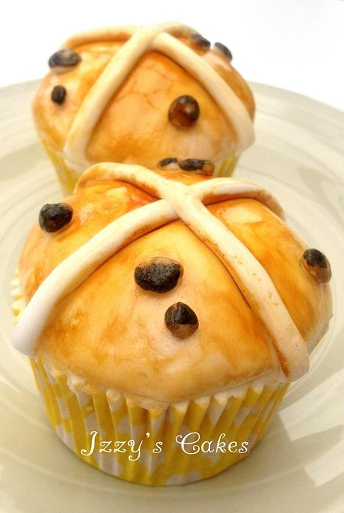 Hot cross buns cupcakes, yes cupcakes! by The Rosehip Bakery