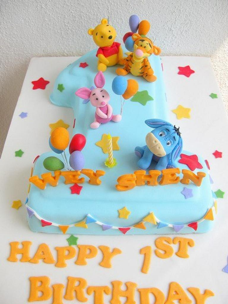 Baby Winnie the Pooh and Friends by Joanne Fam