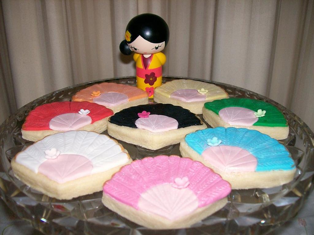 Japanese Fan Cookies by Sarah