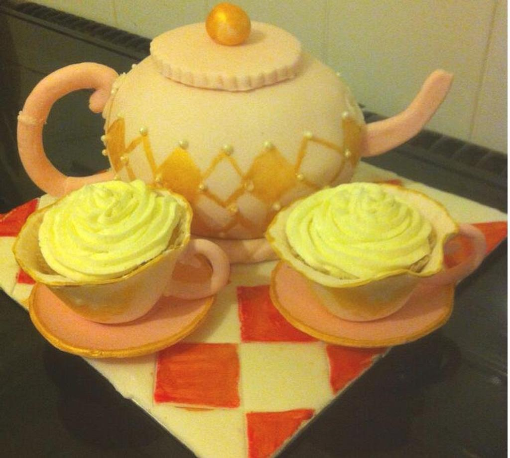 Tea for Two by Witty Cakes