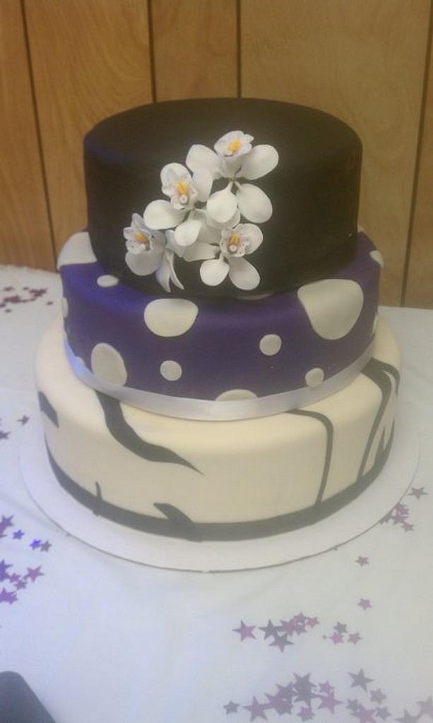 Birthday Cake by CakeEnvy