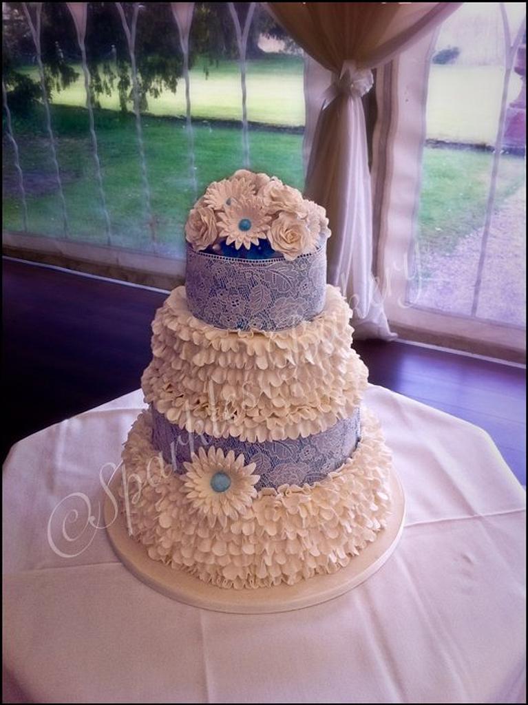 My first wedding cake by Karen