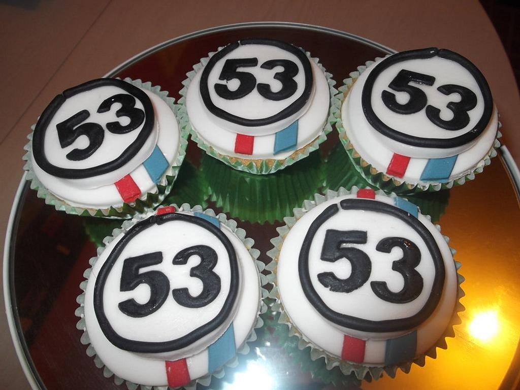 Herbie cupcakes  by Tracey