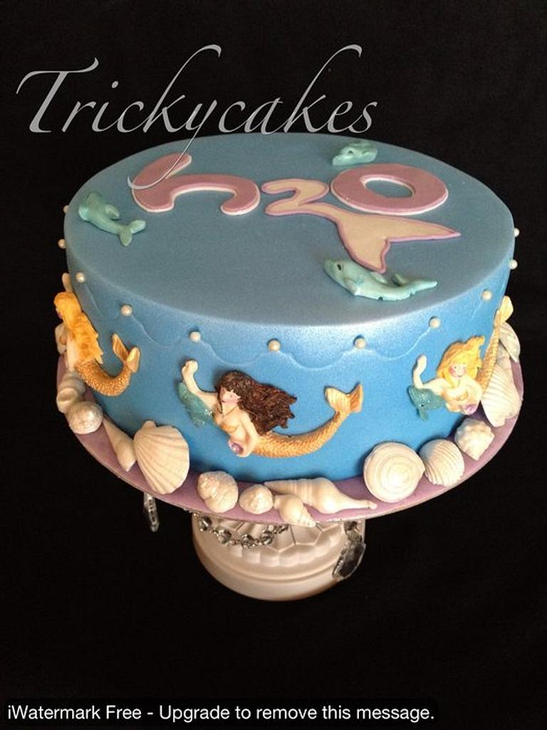 H2O by Trickycakes