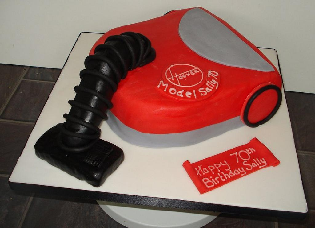 Hoover cake by That Cake Lady