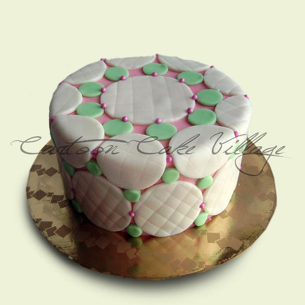 circle by Eliana Cardone - Cartoon Cake Village