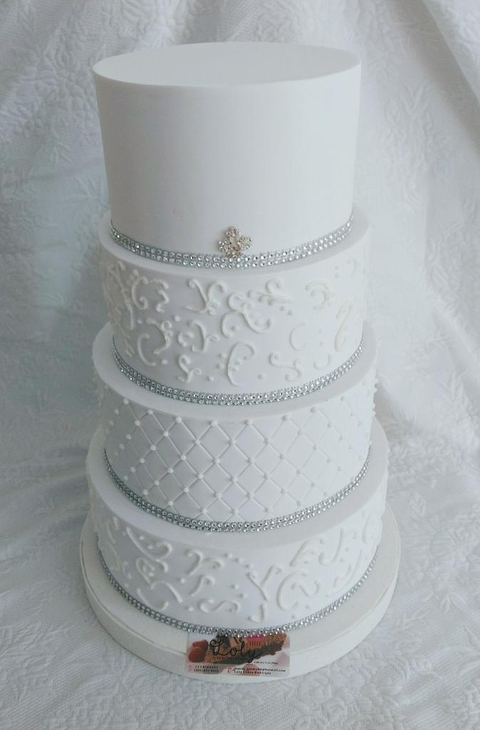 Wedding Cake by Lorena Gaudio