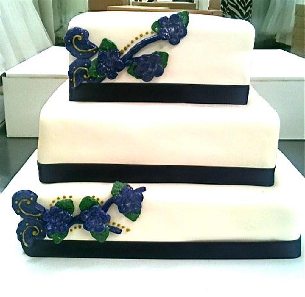 Wedding Cake by Amanda Trahan