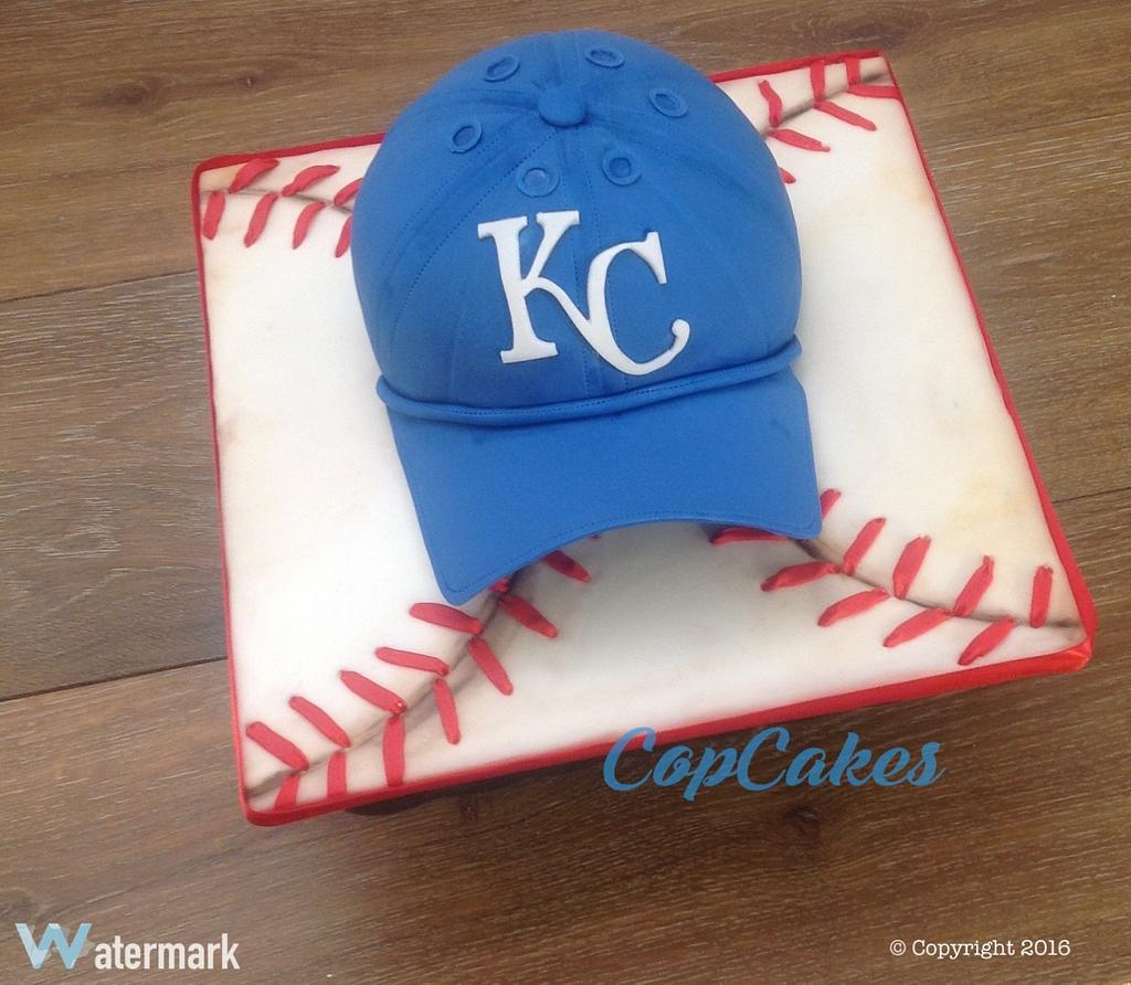 Royals Hat Cake by CopCakes