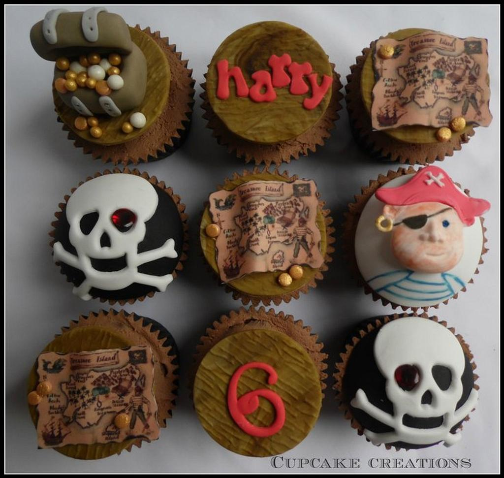 Pirate themed cupcakes by Cupcakecreations