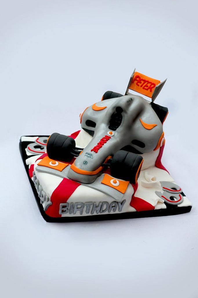 McLaren F1 Cake  by Hannah