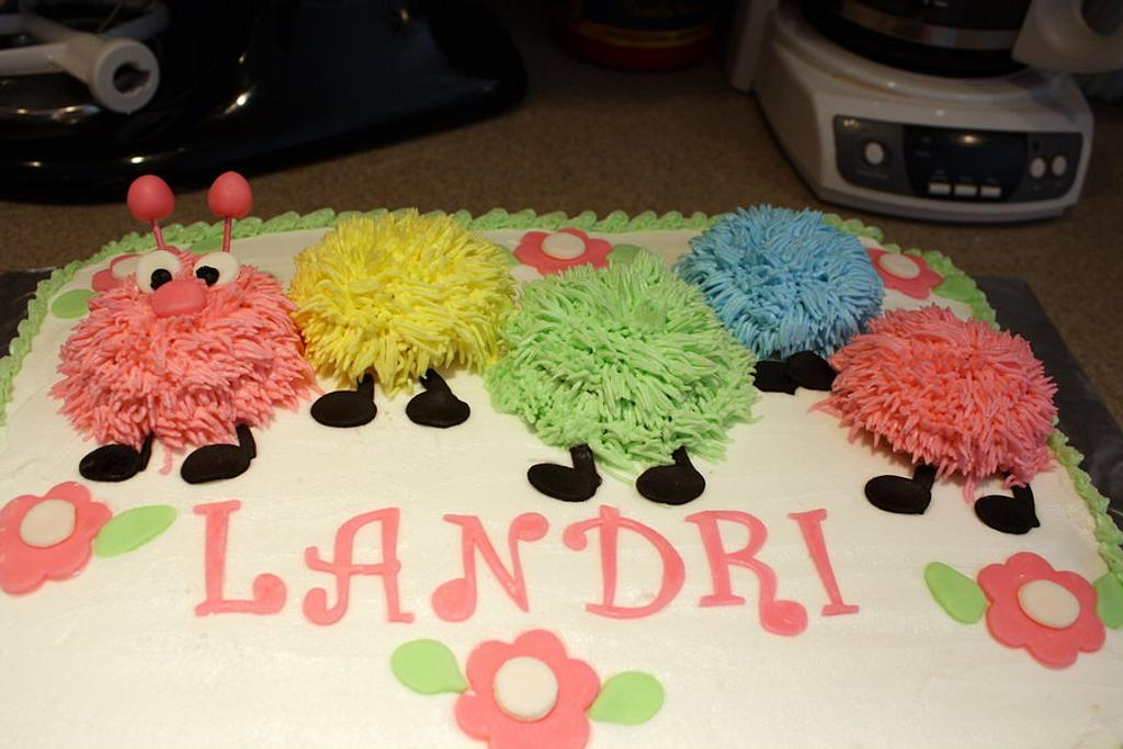 Crawling towards my first Birthday! 6 month birthday cake by Michelle