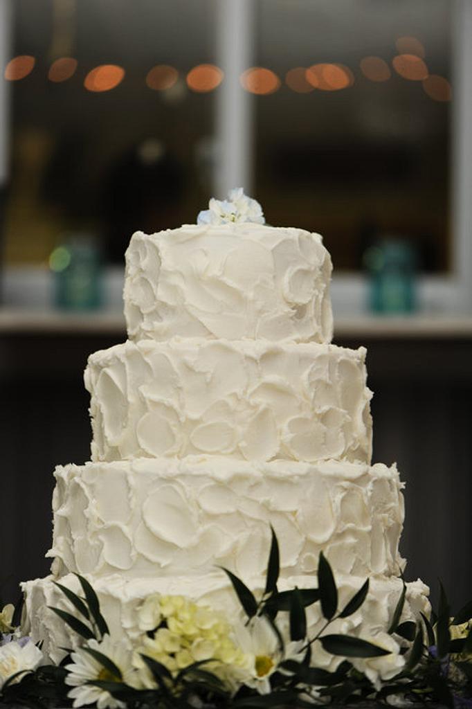 Wedding Cake by sweetpeacakemom