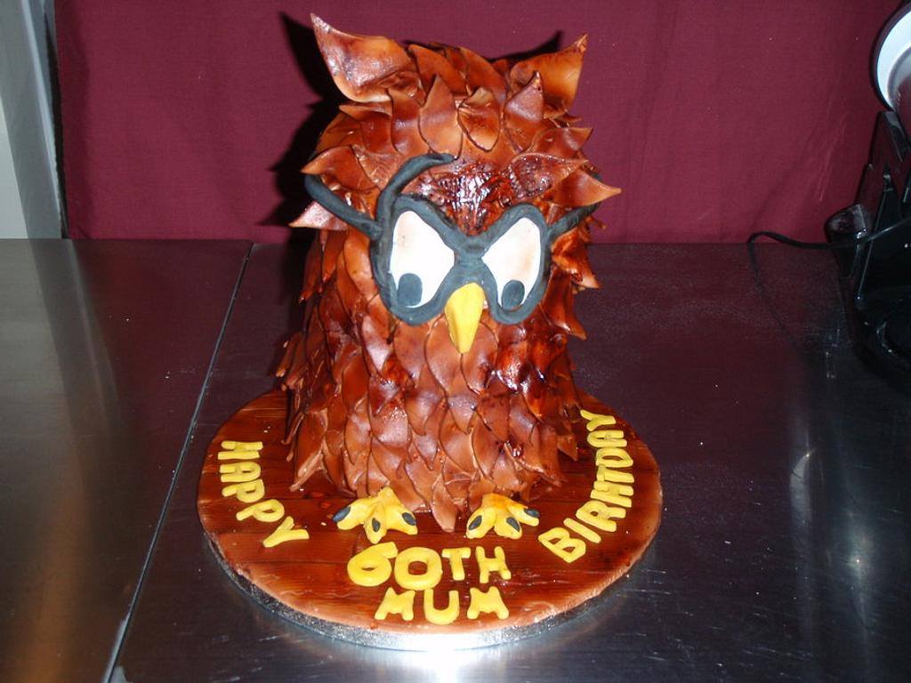 My owl cake  by christine knowler
