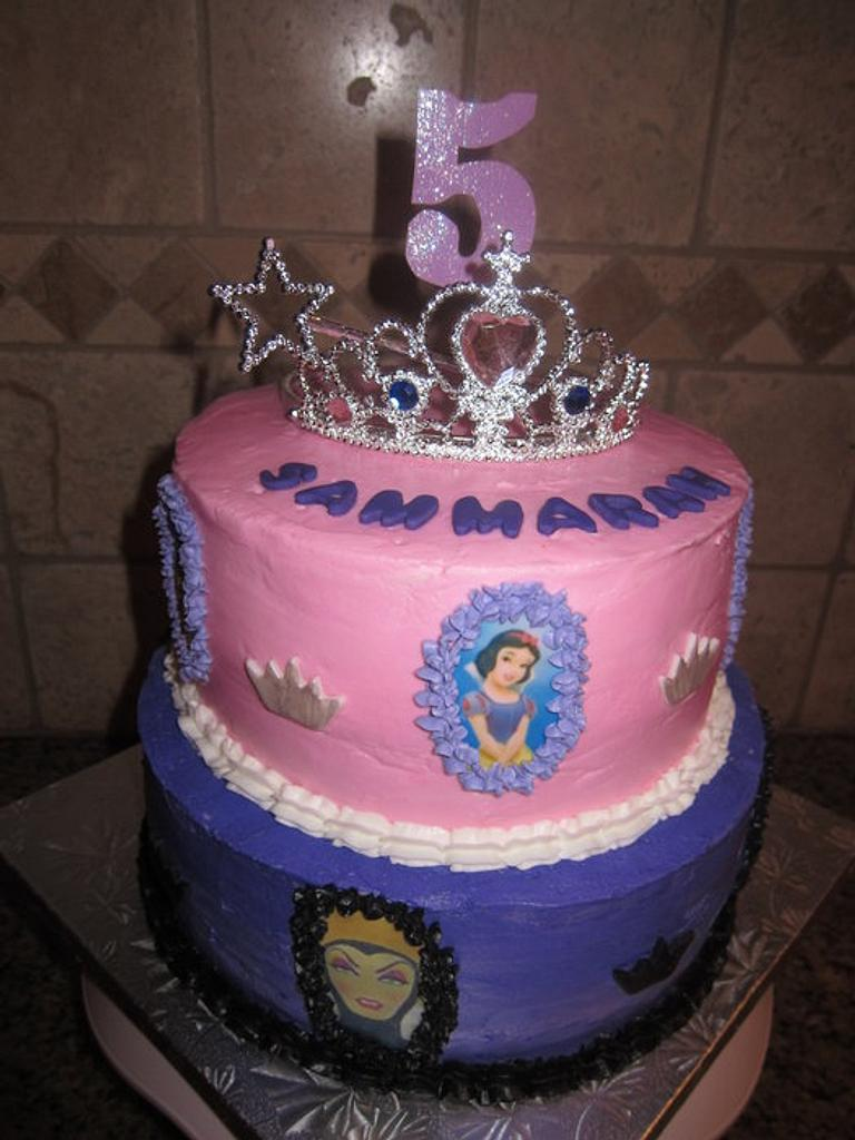 Good and Evil Princess Cake by vkylyn