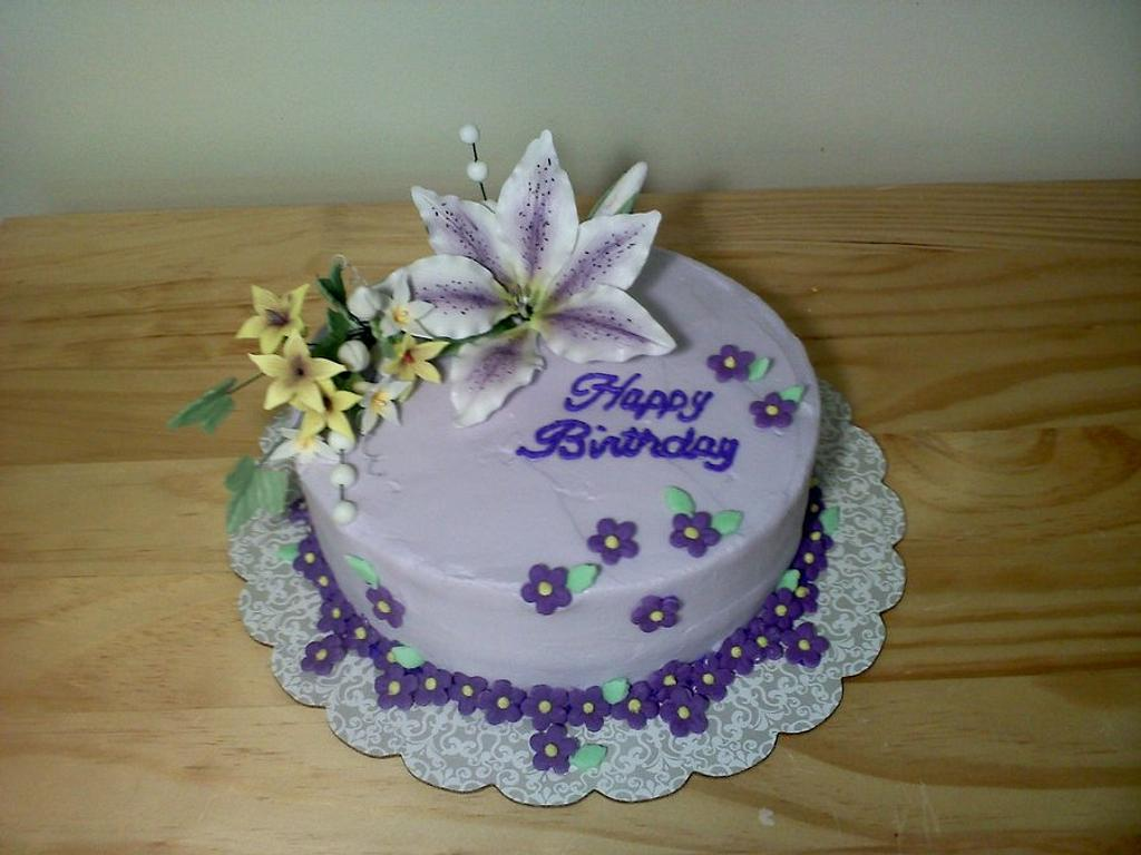 Birthday lily cake by Kimberly