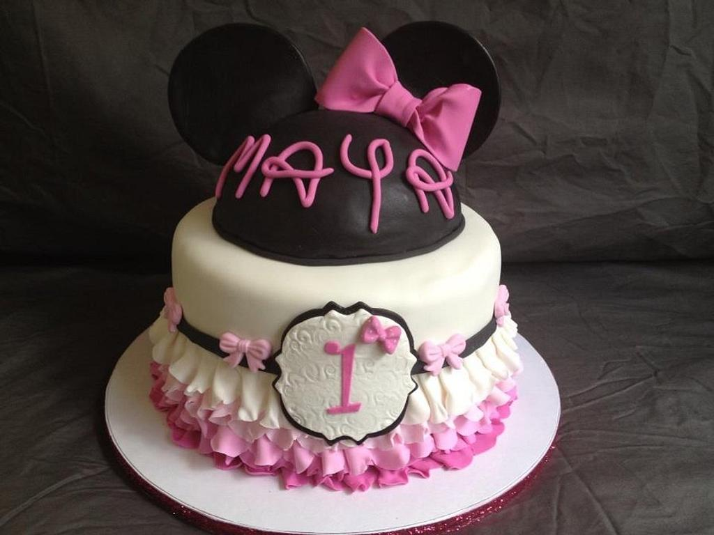 Minnie by Frostilicious Cakes & Cupcakes