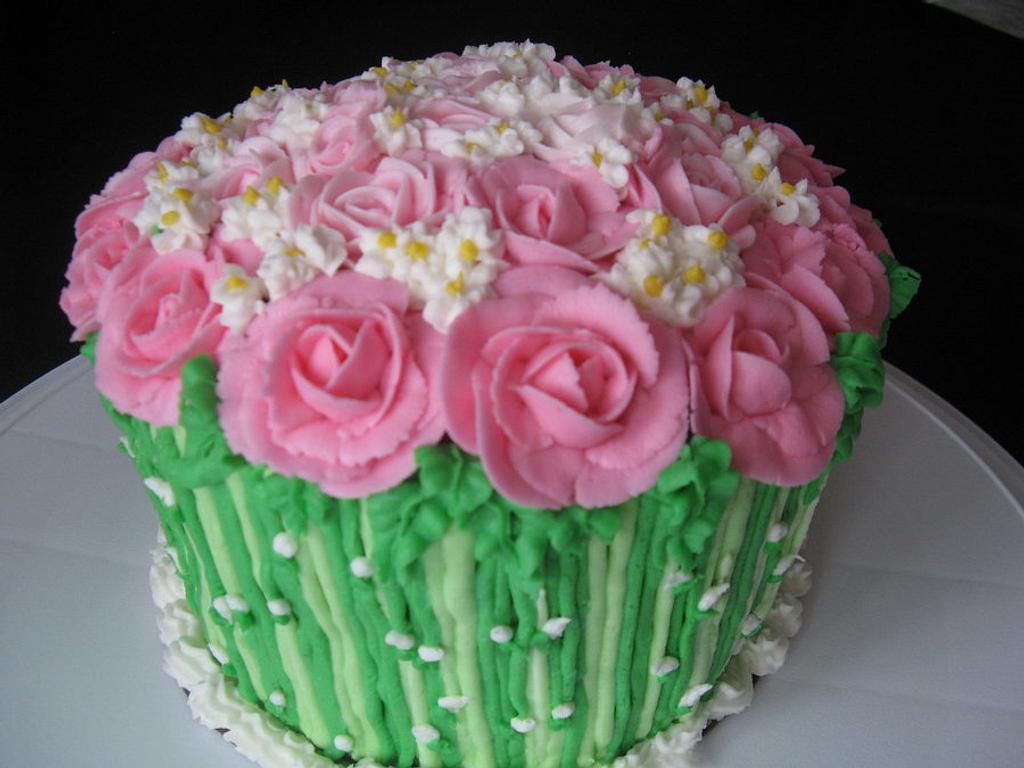 Birthday cake by Inoka (Sugar Rose Cakes)