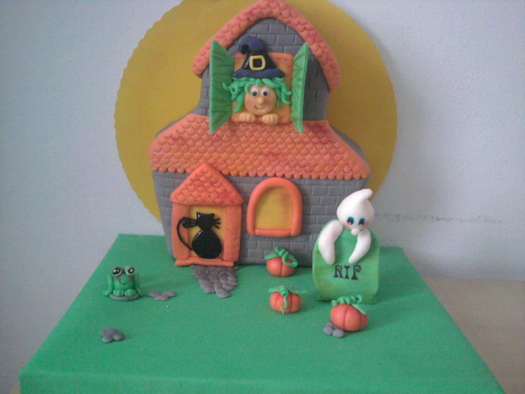 Halloween cake by maria jose garcia herrera